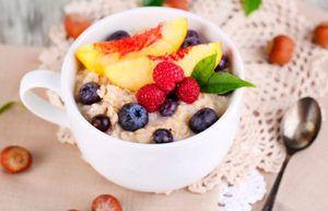 Kako kuhati ovseno kašo s sadjem