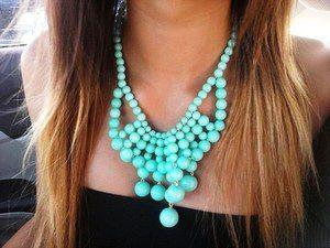 Kaj potrebuje, da nosite turkizno ogrlico?