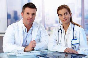 Kakšna je razlika med andrologom in urologom?